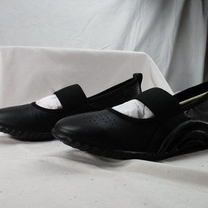 Ecco Women's Black Sz 7 Mary Jane Flats. NEW! 0150